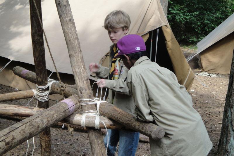 Pionieren op kamp